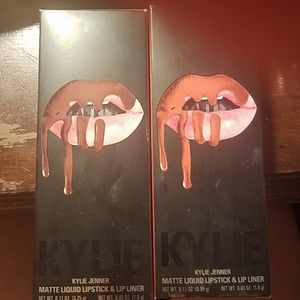 Kylie Cosmetics Makeup - Set of 2 different colors Kylie Jenner Lip Kits